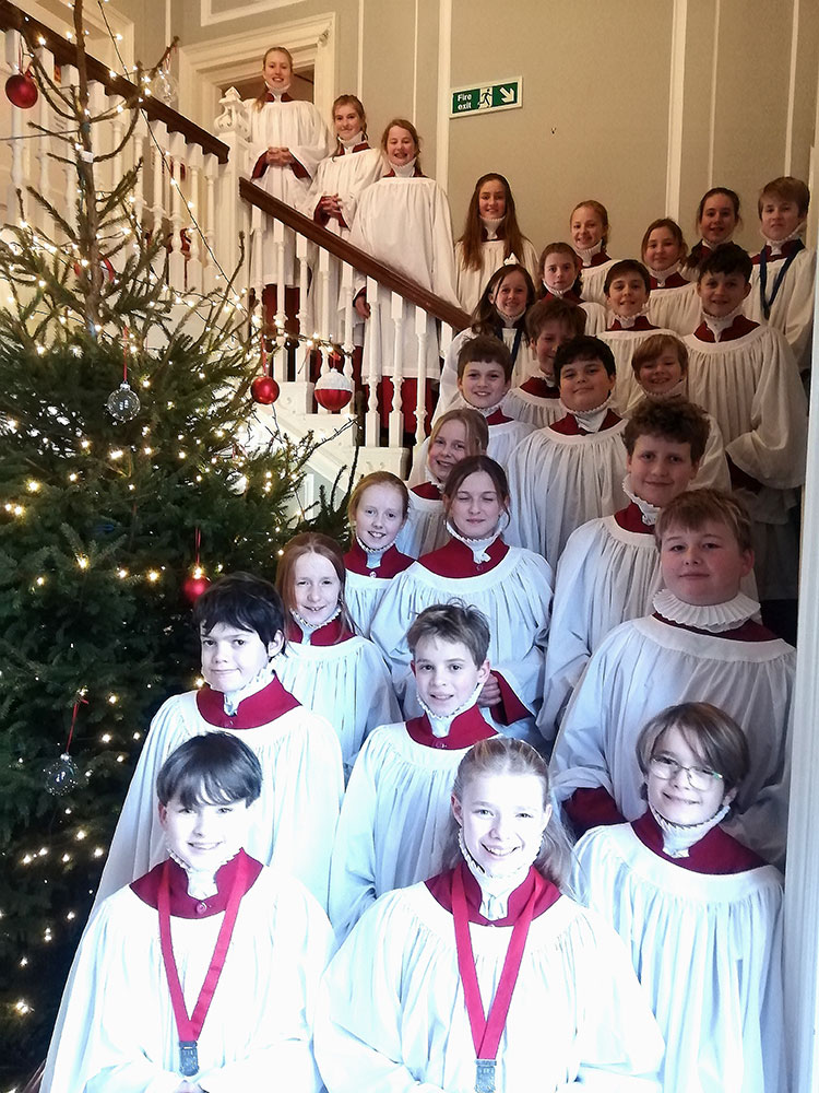 Belhaven Hill Choristers at Christmas sing at the Tree Service